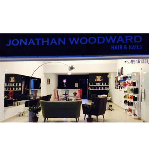 Jonathan Woodyard care & nails salon – Peyia